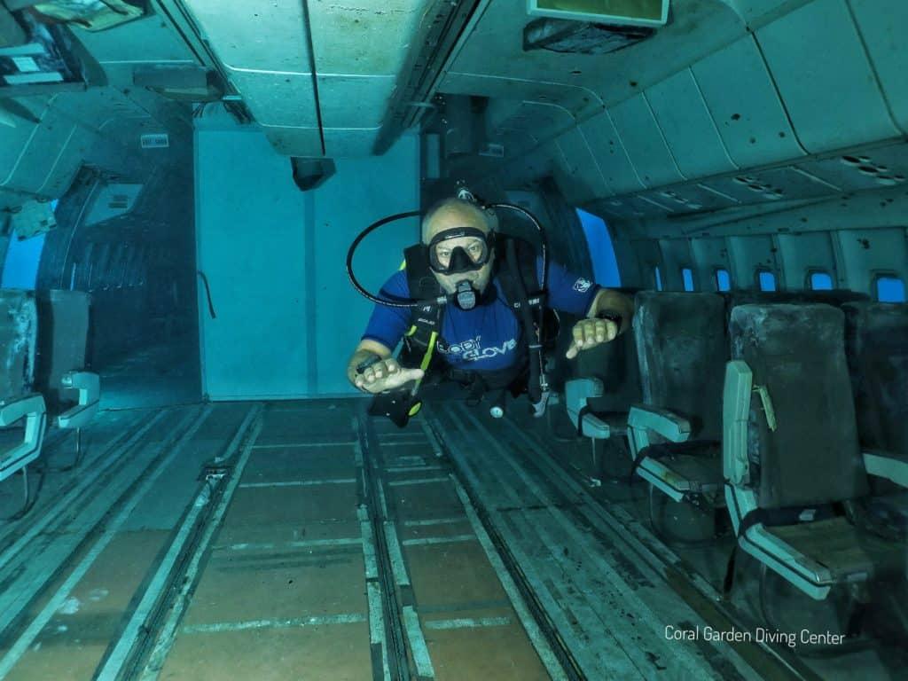 Bounce control red sea aqaba tristar airplane