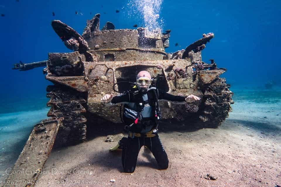 Underwater tank Duster M42 aqaba
