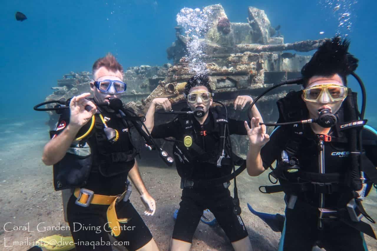 family have photo underwater