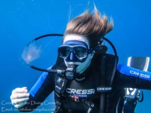 Scuba diving girl, scuba diver course